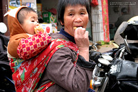 Mum and child - in Xiang Yun Town